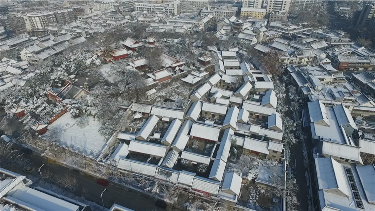 After the snow in 2015, the Ming and Qing architectural aerial photography protection center Figure 3